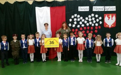 """Przedszkole Miejskie 36- z występami w """"Domu Nad Doliną"""" z okazji Święta Niepodległości"""