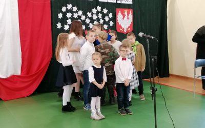 Przedszkolaki z Bukwałdu z występami w naszym domu